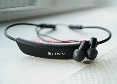 so sánh tai nghe Plantronics và tai nghe bluetooth Sony